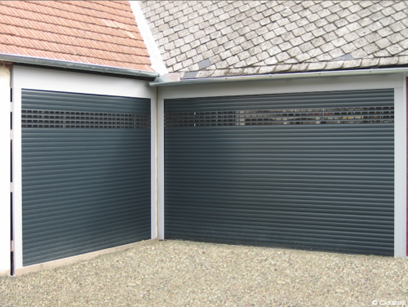 Porte de garage enroulable ou sectionnelle aluminium avec for Porte garage enroulable
