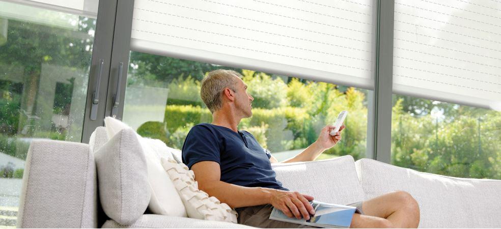 volet roulant aluminium moteur somfy acheter volet roulant battant et coulissant. Black Bedroom Furniture Sets. Home Design Ideas